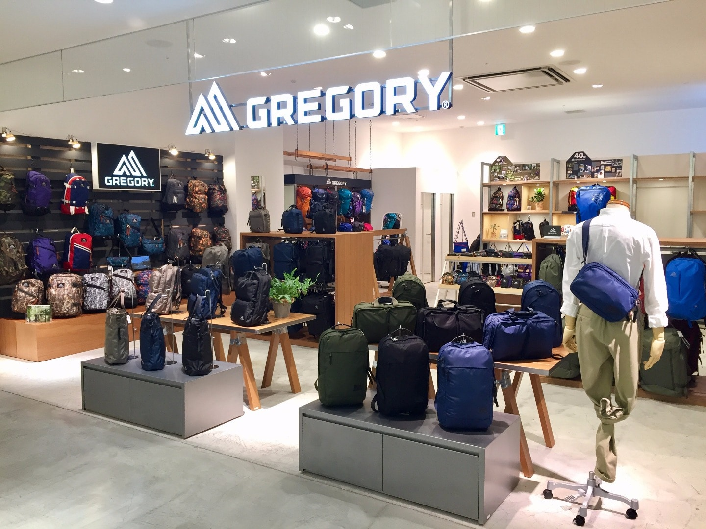 GREGORY STORE #1「グレゴリー横浜」
